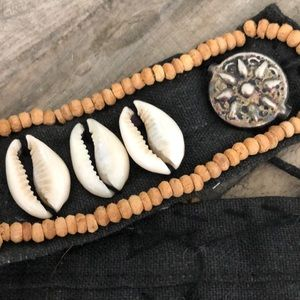 Jewelry - Cowrie Shell & Metal Choker Necklace